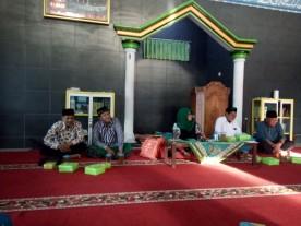 Jama'ah Masjid Ibrahim Ikut Ngaji Banyu Udan Bersama Yu Ning